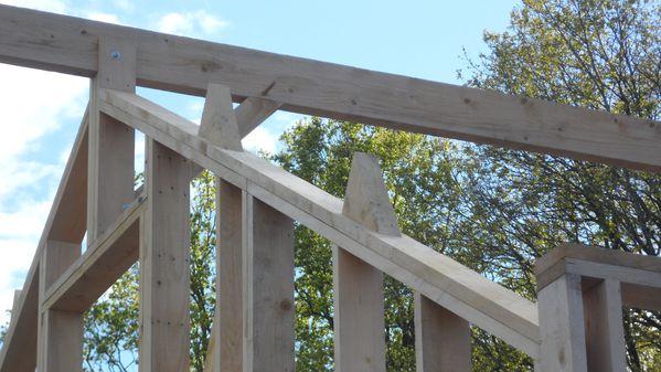 Charpente 1 autoconstruction maison ossature bois loiret for Autoconstruction maison ossature bois