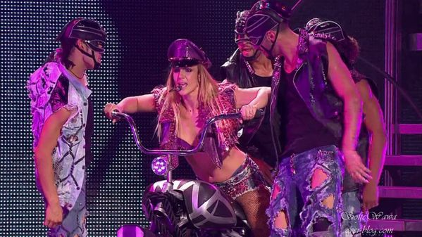 Britney spears The Femme Fatale Tour