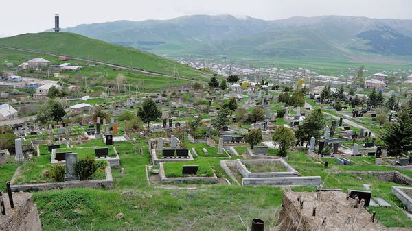 DIRECTION CIMETIERE DE SPITAK 047