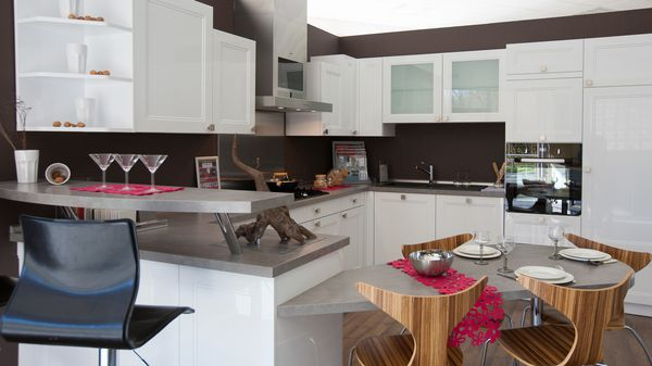 visite virtuelle de rev 39 habitat cuisiniste ingwiller le blog de la visite virtuelle en alsace. Black Bedroom Furniture Sets. Home Design Ideas