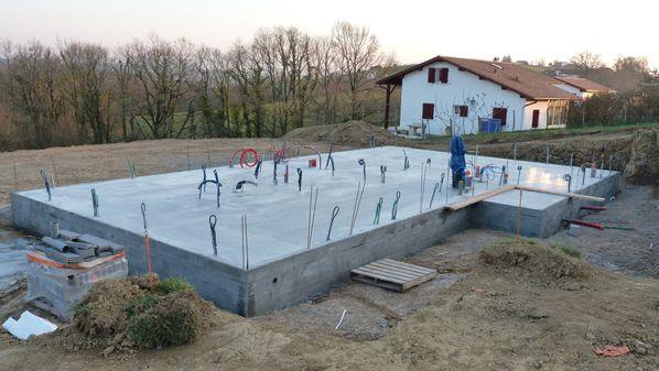 Coulage de la dalle le blog de notre petite maison dans la prairie - Epaisseur dalle beton maison ...