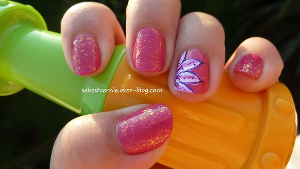 Nail-art-lys-rose-one-stroke.jpg