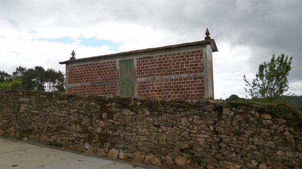 999-745 near Portomarín (1024x576)