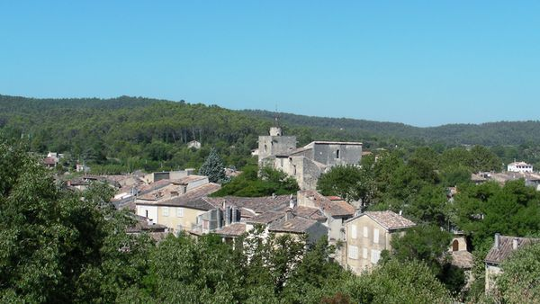 Correns-Var-Provence-Verte-village-bio-france.jpg