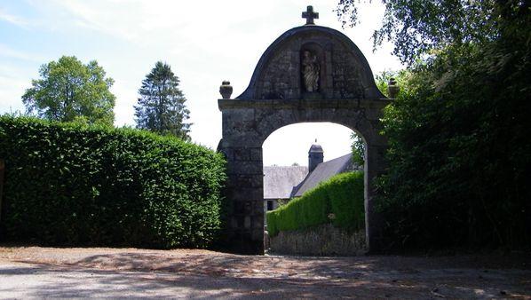 162 Chapelle de l'hermitage, La forêt de Saint Sever