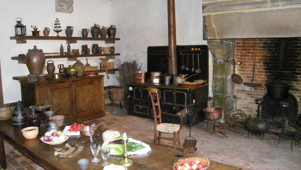 199 Kitchen, Château de Carrouges