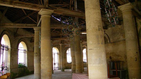 059 Les anciennes halles, Sées