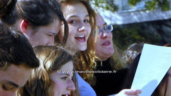 FLASH MOB Lycée Pierre Mendée France La roche sur yon 3