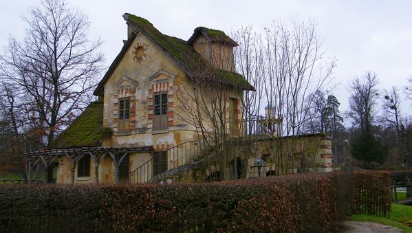 315 The Queen's Hamlet, Versailles