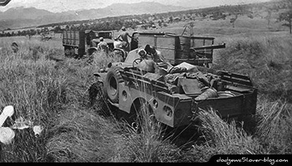 Convoy-from-Gusap-to-Nadzab-1943-.jpg