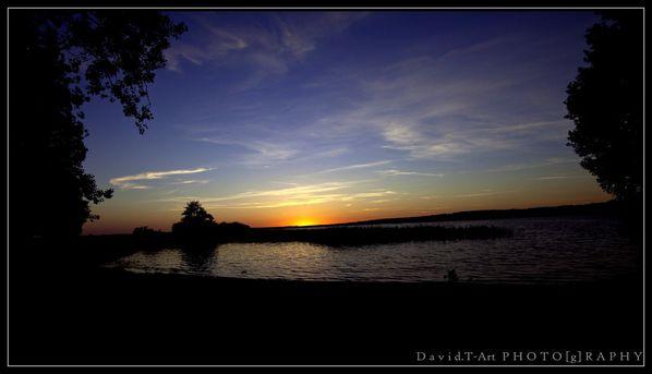 Tombée de nuit sur le lac de sanguinet