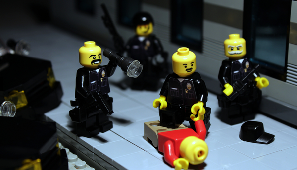 lego police force brick police i