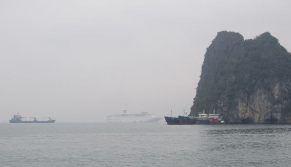 ha-long-COSTA-CROISIERES.JPG