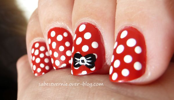 Nail-art-minnie-mouse.jpg