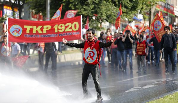 sem13maia-Z13-1er-mai-a-Istanbul-Turquie.jpg