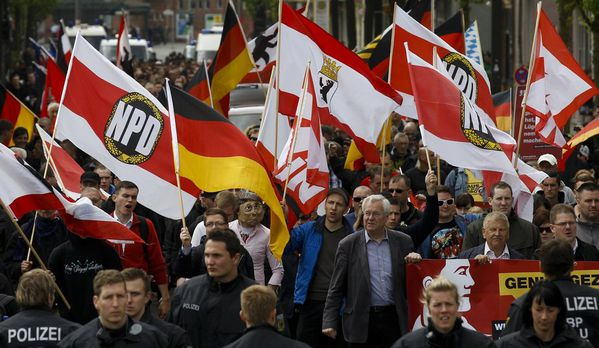 sem13maia-Z15-1er-mai-a-Berlin-l-extreme-droite-se-rassembl.jpg