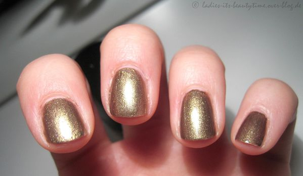 Nagellack catrice in the bronx3