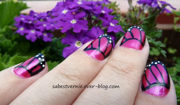 Nail-Art-papillon-rose-bis.jpg