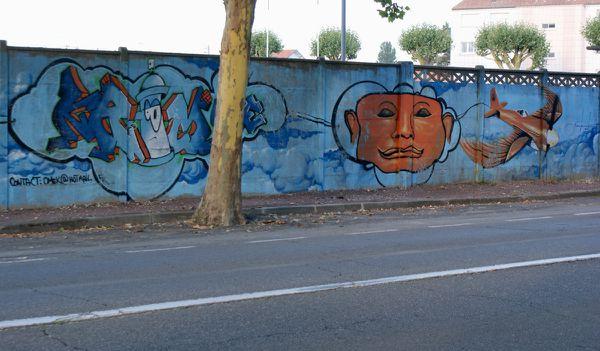 023 murs stade 17300 Rochefort