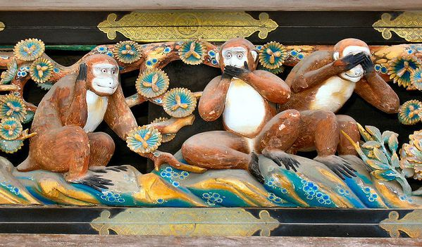 Three_Wise_Monkeys-Tosho-gu_Shrine-Nikko---MichaelMaggs.JPG