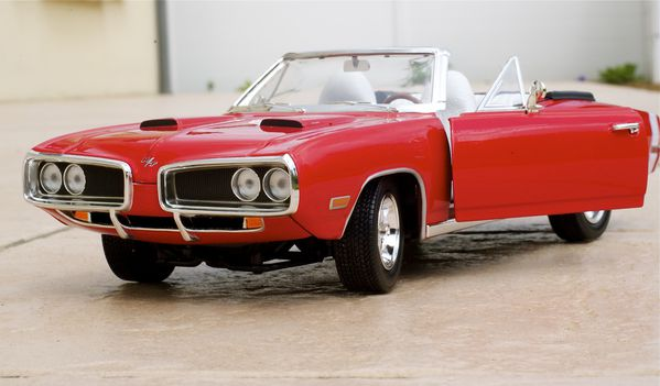 DODGE CORONET CABRIOLET ROUGE YATMING13