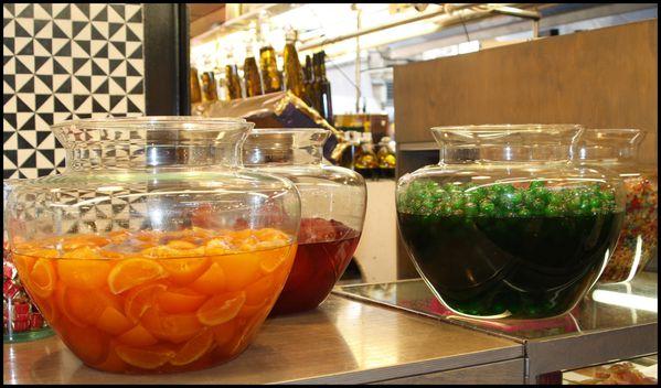 Marche-Boqueria-fruits-en-bocaux.jpg