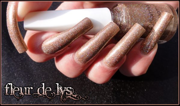 Vernis ongles paillettes holo
