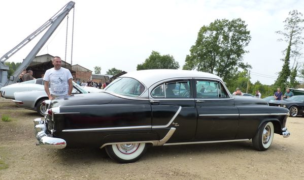 Oldsmobile Ninety Eight 1953 309