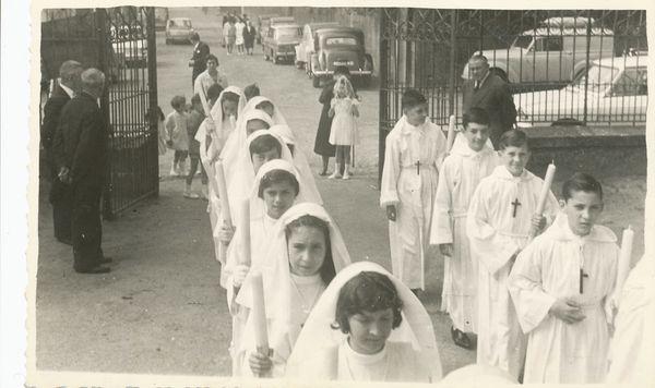 1964-Communion à Notre Dame des Forges-2