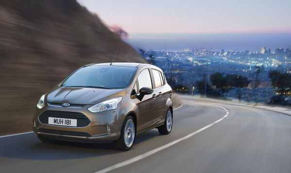 Ford-BMax-action1