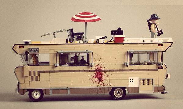 the-walking-dead--lego-a.jpg