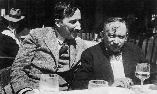 Stefan-Zweig-und-Joseph-Roth-i-Ostende-i-Belgien-1936.jpg