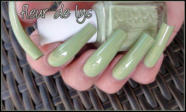 Essie collection printemps 2012