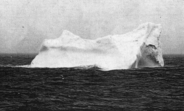 iceberg-coupable-naufrage-titanic-01-copie-1.jpg