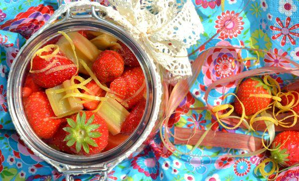 salade-fraise-rhubarbe8.JPG