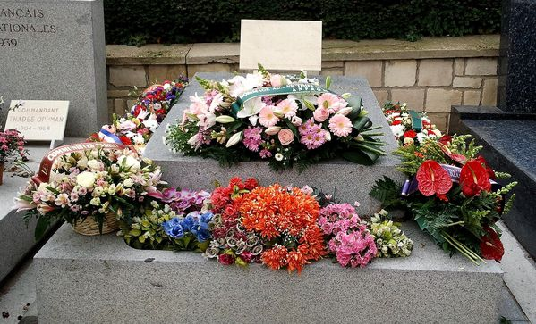 Commemoration-51-ans-Charonne---Pere-Lachaise---8-II-2013.jpg
