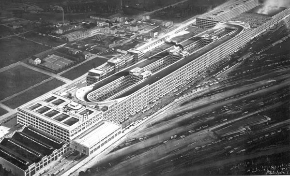 1Fiat_Lingotto_veduta-1928.jpeg
