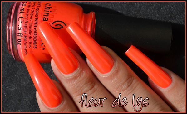 Vernis ongles orange fluo