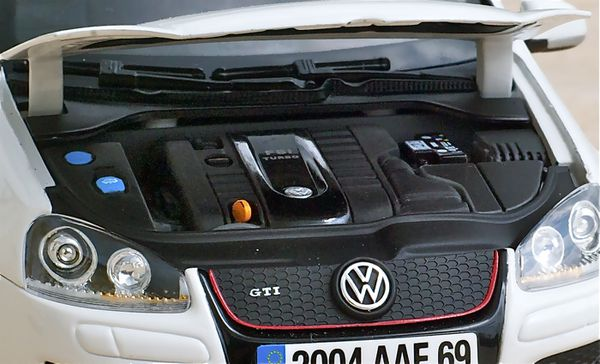 VW GOLF GTI COUPE BLANC NOREV20