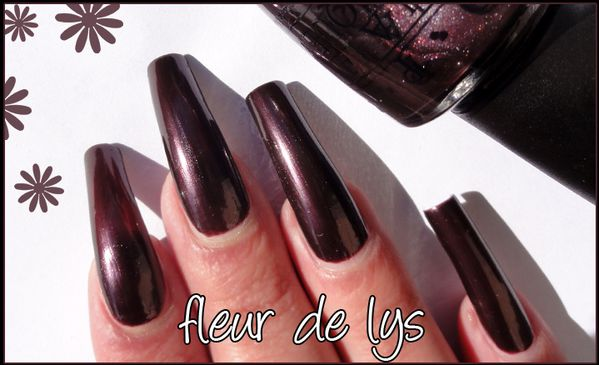 OPI Vampsterdam (collection Holland)