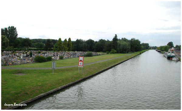 Longueil-Annel canal
