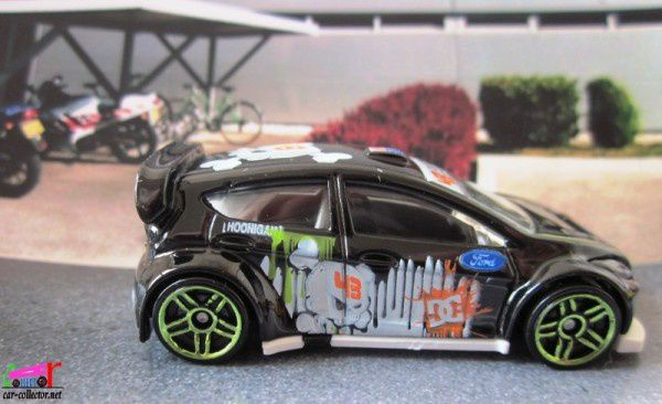 ford-fiesta-ken-block-hot-wheels-2011.040 (1)