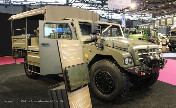 v hicules et mat riels le sherpa light forces sp ciales apc carrier scout de renault trucks. Black Bedroom Furniture Sets. Home Design Ideas