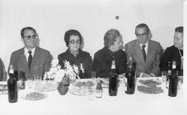 00288--1975--NC--D--Ana-Roldan--D--Emilia-Garcia--Adolfo.jpg
