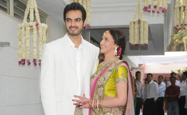 Esha-Deol-Engagement----Fashion-India-Blog-Saree-4.jpg