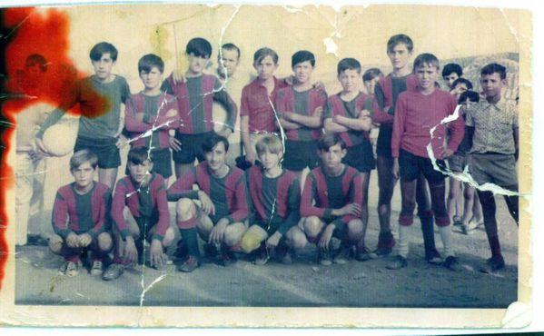 00432 - 1968-1969 – Agachados NC, Juanito perdigón, Pepi