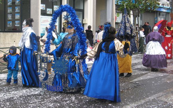 carnaval Flambarts 2011 Planete bleue