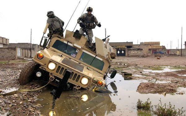 soldats-tout-terrain.jpg