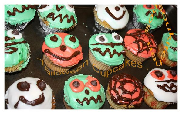 Halloween Cupcakes9
