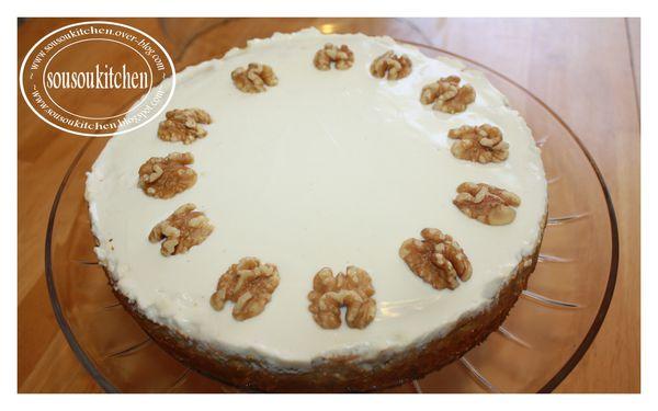 2010-04-21-pumpkin-cake4.jpg